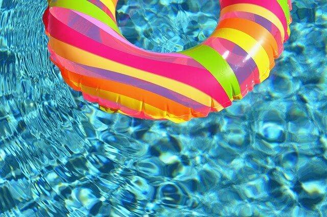 équipement piscine camping