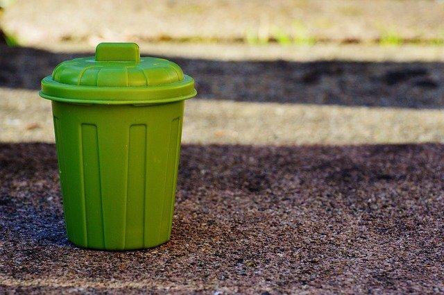 Petite poubelle pour vacances zéro déchet