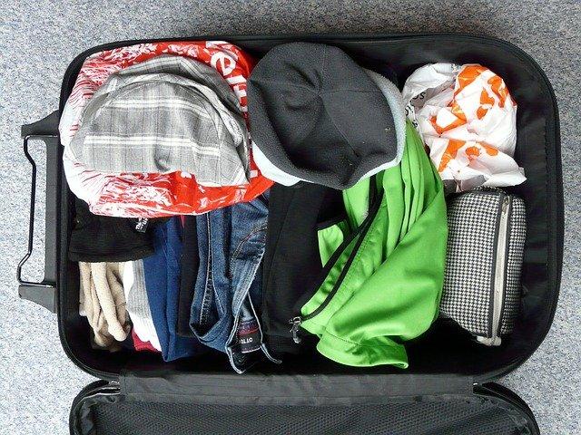 Les indispensables à mettre dans votre valise pour vos vacances en camping